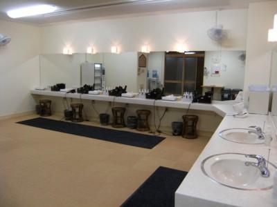 2010.7.24~26 沖縄平和学習ツアー&温泉巡り 194.jpg