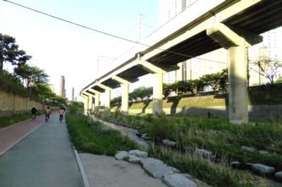 韓国・釜山近郊の温泉を訪ねて! 2012.4.27~30 039.jpg